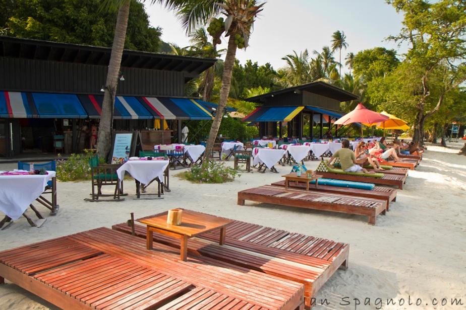 Zeavola Beach Bar