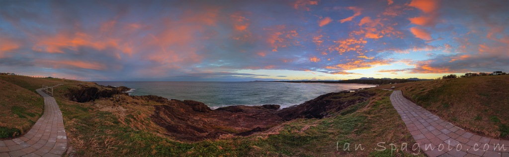 A Stroll Through Sawtell On Sunset
